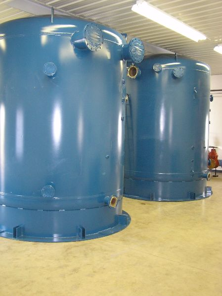 Plain Steel Custom Hydropneumatic tanks
